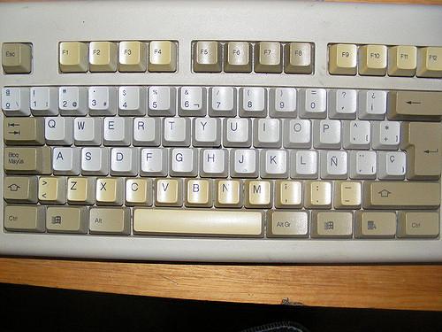 tecladoOld